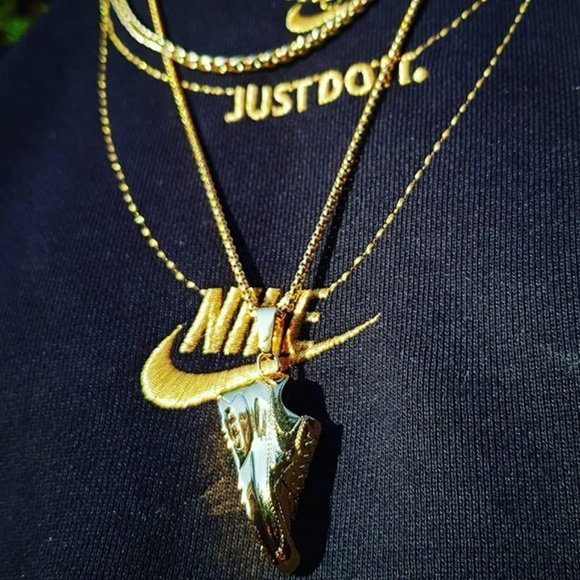 huge selection of f9a3b 60c89 14k Gold Nike Air Max 90 Necklace